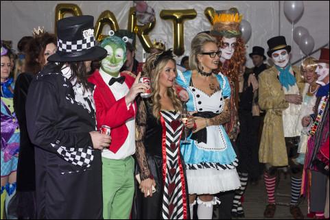 Wonderland Party! December 2016